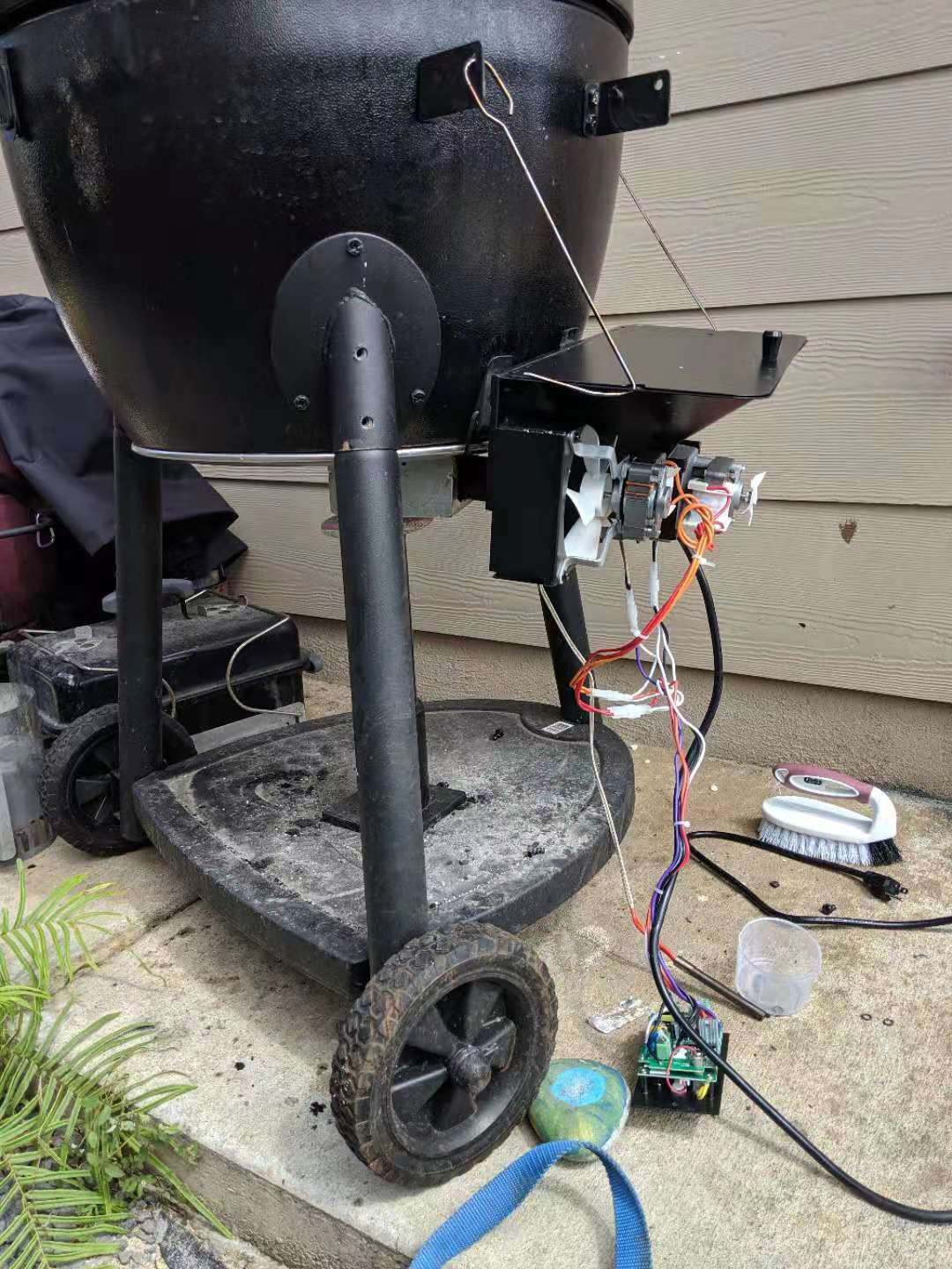 Turn Your Akorn Kamado into a Pellet Grill with BBQube ...